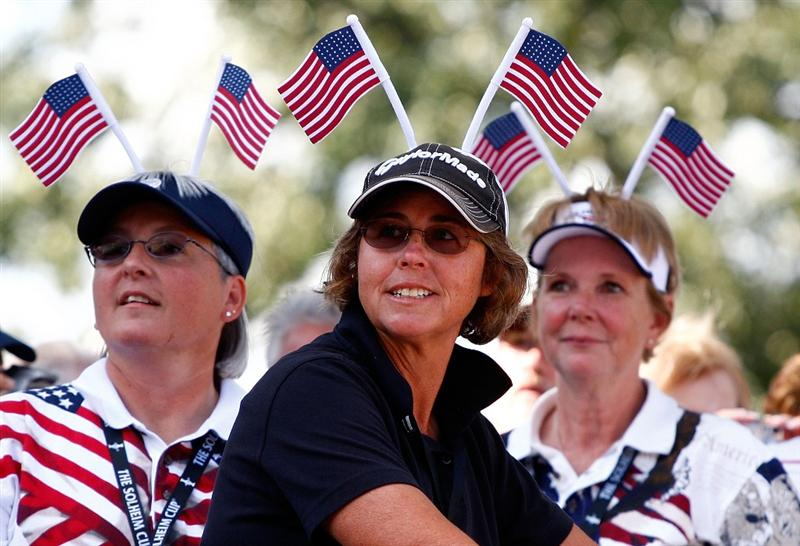 SUGAR GROVE, IL - AUGUST 20:  U.S. Team fans watch the Opening Ceremonies prior to the start of the 2009 Solheim Cup at Rich Harvest Farms on August 20, 2009 in Sugar Grove, Illinois.  (Photo by Scott Halleran/Getty Images)