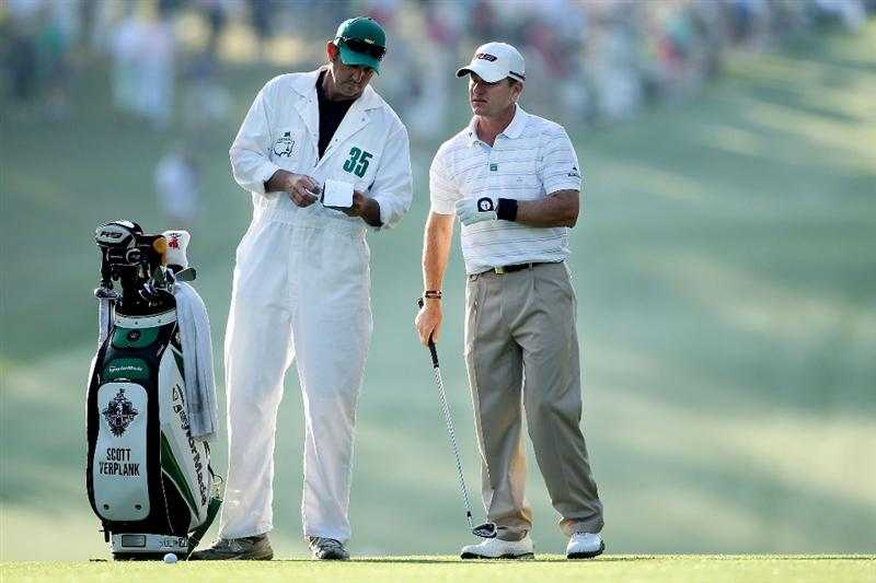 AUGUSTA, GA - APRIL 08:  Scott Verplank (R) talks with his caddie Scott Tway on the first hole during the first round of the 2010 Masters Tournament at Augusta National Golf Club on April 8, 2010 in Augusta, Georgia.  (Photo by Andrew Redington/Getty Images)