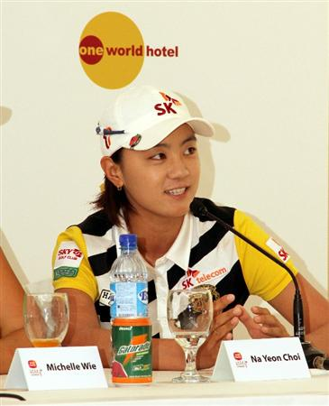 KUALA LUMPUR, MALAYSIA - OCTOBER 20 :  Na Yeon Choi of Korea speaks during the Sime Darby LPGA press conference on October 20, 2010 held at the Sime Darby Convention Centre in Kuala Lumpur, Malaysia.  (Photo by Stanley Chou/Getty Images)