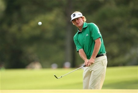 AUGUSTA, GA - APRIL 10:  Brandt Snedeker chips onto the 18th hole during the first round of the 2008 Masters Tournament at Augusta National Golf Club on April 10, 2008 in Augusta, Georgia.  (Photo by Andrew Redington/Getty Images)