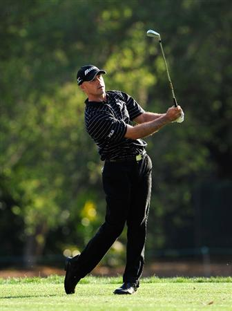 PALM HARBOR, FL - MARCH 20:  Jonathan Byrd plays a shot on the 17th hole during the second round of the Transitions Championship at the Innisbrook Resort and Golf Club on March 20, 2009 in Palm Harbor, Florida.  (Photo by Sam Greenwood/Getty Images)