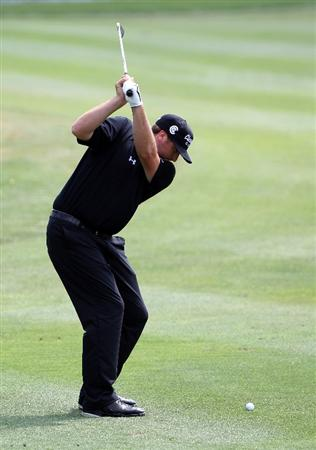 ORLANDO, FL - MARCH 27:  Steve Marino plays a shot on the 8th hole during the final round of the Arnold Palmer Invitational presented by MasterCard at the Bay Hill Club and Lodge on March 27, 2011 in Orlando, Florida.  (Photo by Sam Greenwood/Getty Images)