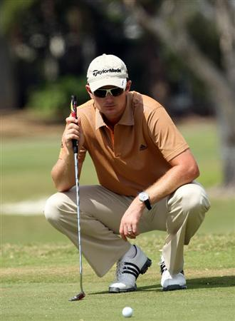 DORAL, FL - MARCH 11:  Justin Rose of England in the short game practice area during the final day of practice for the World Golf Championships-CA Championship at the Doral Golf Resort & Spa on March 10, 2009 in Miami, Florida  (Photo by David Cannon/Getty Images)