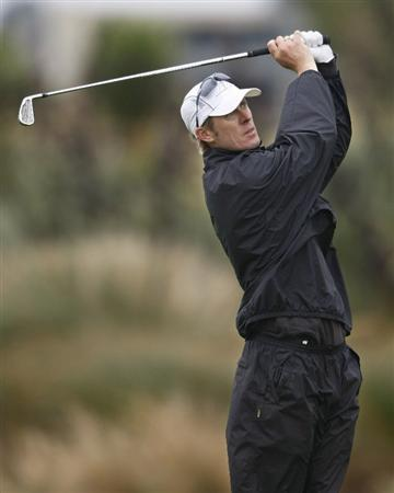 CHRISTCHURCH, NEW ZEALAND - JANUARY 22:  Grant Moorhead of New Zealand plays his approach at Clearwater Golf Course on January 22, 2010 in Christchurch, New Zealand.  (Photo by Martin Hunter/Getty Images)