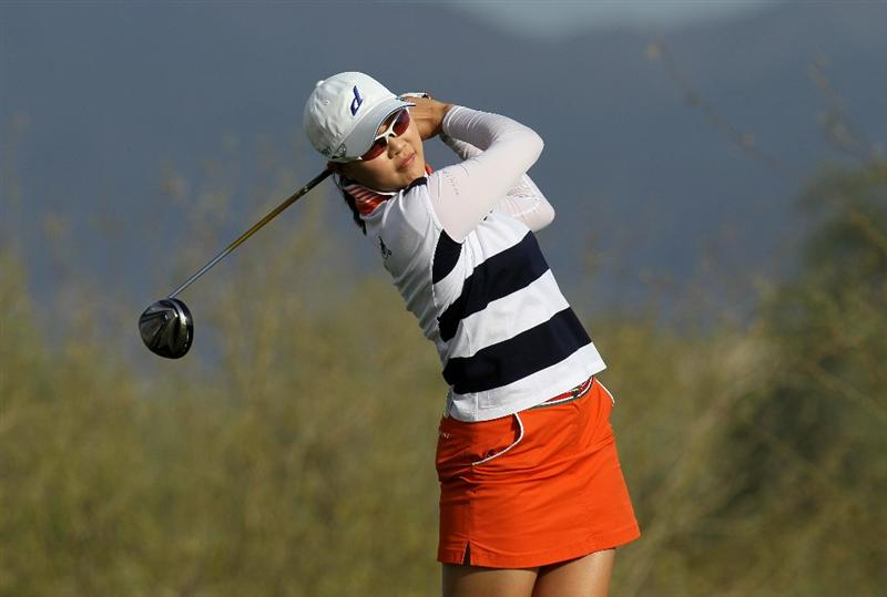 PHOENIX, AZ - MARCH 18:  Hee Kyung Seo of South Korea hits her tee shot on the 18th hole during the first round of the RR Donnelley LPGA Founders Cup at Wildfire Golf Club on March 18, 2011 in Phoenix, Arizona.  (Photo by Stephen Dunn/Getty Images)
