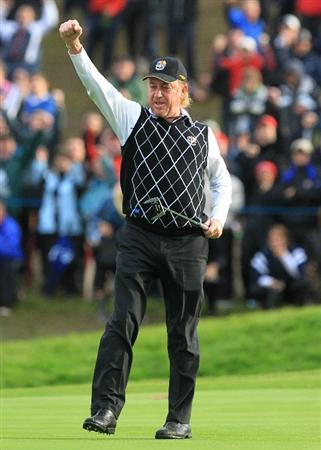 NEWPORT, WALES - OCTOBER 03:  Miguel Angel Jimenez celebrates holing a birdie putt on the 16th green during the  Fourball & Foursome Matches during the 2010 Ryder Cup at the Celtic Manor Resort on October 3, 2010 in Newport, Wales.  (Photo by David Cannon/Getty Images)