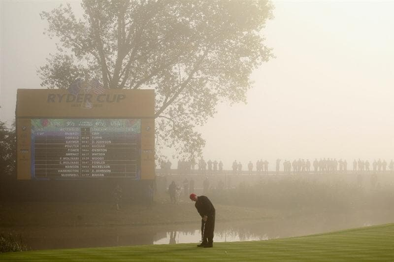 NEWPORT, WALES - OCTOBER 04:  Steve Stricker of the USA watches a putt on the third green in the singles matches during the 2010 Ryder Cup at the Celtic Manor Resort on October 4, 2010 in Newport, Wales.  (Photo by Andy Lyons/Getty Images)