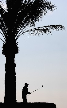 DOHA, QATAR - JANUARY 24:  Paul Broardhurst of England on the par four 11th hole during the first round of the Commercial Bank Qatar Masters held at the Doha Golf Club on January 24, 2008 in Doha,Qatar.  (Photo by Ross Kinnaird/Getty Images)