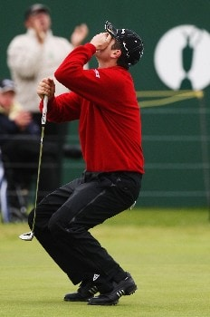 CARNOUSTIE, UNITED KINGDOM - JULY 21:  Justin Rose of England reacts to a missed birdie putt on the 18th green during the third round of The 136th Open Championship at the Carnoustie Golf Club on July 21, 2007 in Carnoustie, Scotland.  (Photo by David Cannon/Getty Images)