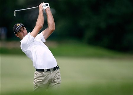 BLOOMFIELD HILLS, MI - AUGUST 08:  Geoff Ogilvy of Australia plays his second shot on the second hole during round two of the 90th PGA Championship at Oakland Hills Country Club on August 8, 2008 in Bloomfield Township, Michigan.  (Photo by Hunter Martin/Getty Images)