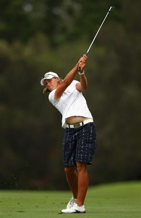 GOLD COAST, AUSTRALIA - MARCH 06:  Katherine Hull of Australia plays an iron shot on the 6th hole during round three of the 2010 ANZ Ladies Masters at Royal Pines Resort on March 6, 2010 in Gold Coast, Australia.  (Photo by Ryan Pierse/Getty Images)