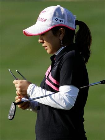 INCHEON, SOUTH KOREA - OCTOBER 31:  Mika Miyazato of Japan on the 18th hole during the final round of the 2010 LPGA Hana Bank Championship at Sky 72 Golf Club on October 31, 2010 in Incheon, South Korea.  (Photo by Chung Sung-Jun/Getty Images)