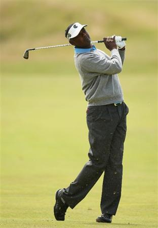 TURNBERRY, SCOTLAND - JULY 19:  Vijay Singh of Fiji hits an approach during the final round of the 138th Open Championship on the Ailsa Course, Turnberry Golf Club on July 19, 2009 in Turnberry, Scotland.  (Photo by Ross Kinnaird/Getty Images)