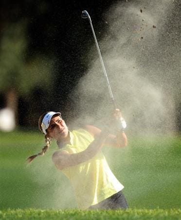 RANCHO MIRAGE, CA - APRIL 02:  Alexis Thompson of the USA plays her second shot at the 18th hole during the first round of the 2009 Kraft Nabisco Championship, at the Mission Hills Country Club on April 2, 2009 in Rancho Mirage, California  (Photo by David Cannon/Getty Images)