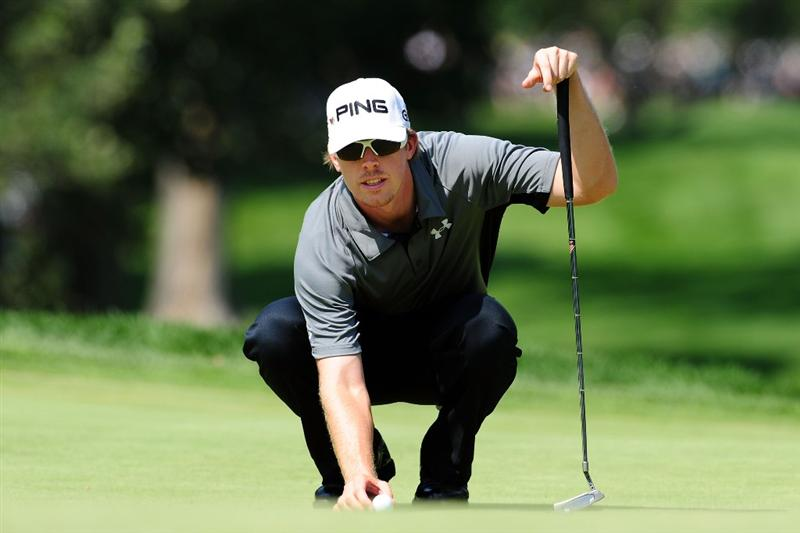 CHASKA, MN - AUGUST 14:  Hunter Mahan lines up a putt on the third green during the second round of the 91st PGA Championship at Hazeltine National Golf Club on August 14, 2009 in Chaska, Minnesota.  (Photo by Stuart Franklin/Getty Images)