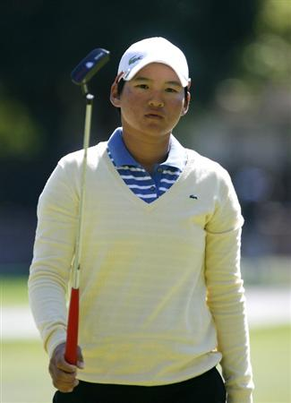 DANVILLE, CA - OCTOBER 11: Yani Tseng of Taiwan holds her putter during the third round of the LPGA Longs Drugs Challenge at the Blackhawk Country Club October 11, 2008 in Danville, California. (Photo by Max Morse/Getty Images)