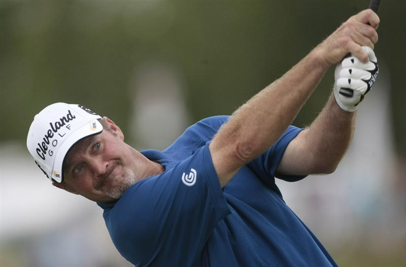 AVONDALE, LA - APRIL 26: Jerry Kelly tees off on the 12th hole during the final round of the Zurich Classic at TPC Louisiana on April 26, 2009  in Avondale, Louisiana. (Photo by Dave Martin/Getty Images)