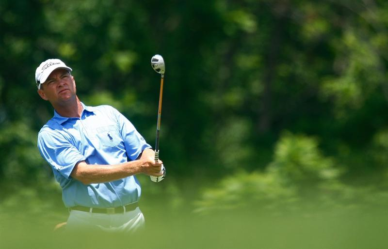 DUBLIN, OH - JUNE 07:  Davis Love III watches his tee shot on the third hole during the final round of the Memorial Tournament at the Muirfield Village Golf Club on June 7, 2009 in Dublin, Ohio.  (Photo by Scott Halleran/Getty Images)