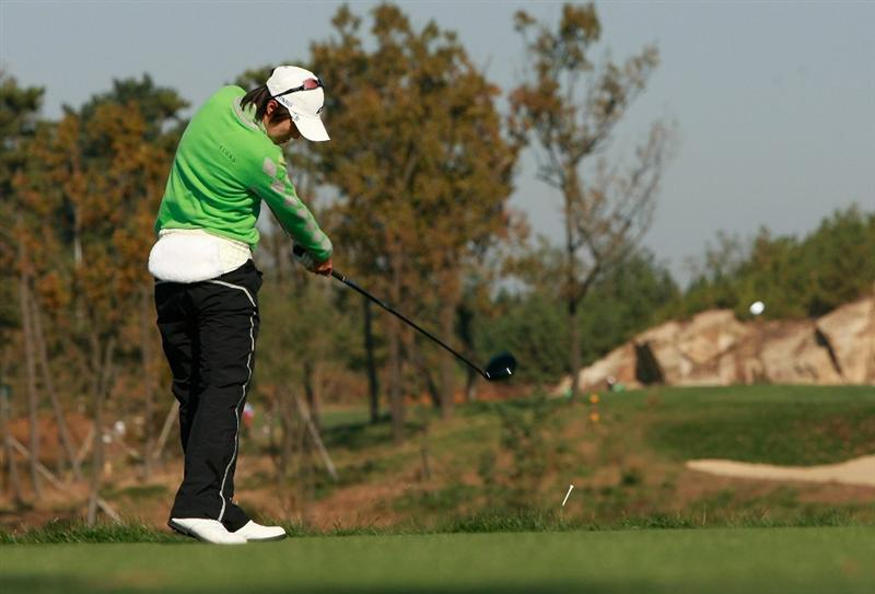 INCHEON, SOUTH KOREA - OCTOBER 29:  Kim Song-Hee of South Korea hits a tee shot on the second hole during the 2010 LPGA Hana Bank Championship at Sky 72 golf club on October 29, 2010 in Incheon, South Korea.  (Photo by Chung Sung-Jun/Getty Images)