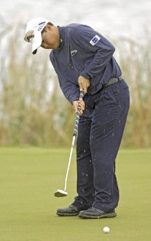 Chih-Bing Lam of Singapore during the second round of the 2005 Algarve World Cup at the Victoria Golf Club in Vilamoura, Portugal on November 18, 2005.Photo by Sandy Young/WireImage.com
