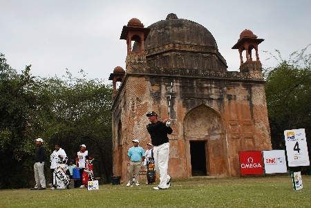 NEW DELHI, INDIA - FEBRUARY 08:  Darren Clarke of Northern Ireland plays his tee shot on the fourth hole during the second round of the Emaar-MGF Indian Masters at the Delhi Golf Club on February 8, 2008 in Delhi, India.  (Photo by Stuart Franklin/Getty Images)