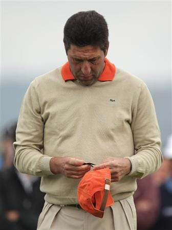 BARCELONA, SPAIN - MAY 07:  Jose Maria Olazabal of Spain pins a black ribbon to his cap to show he respects to his close friend Seve Ballesteros on the first tee during the third round of the Open de Espana at the the Real Club de Golf El Prat on May 7 , 2011 in Barcelona, Spain.  (Photo by Ross Kinnaird/Getty Images)