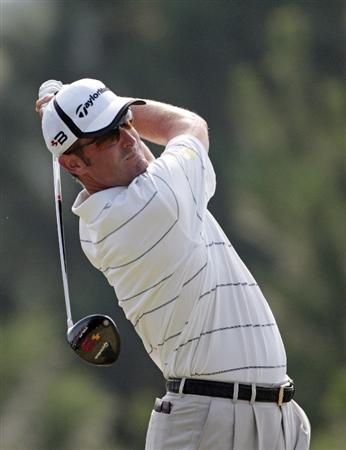 MADISON, MS - SEPTEMBER 18:  Jeff Gove watches his tee shot on the 5th hole during first round play in the Viking Classic at the Annandale Golf Club on September 18, 2008 in  Madison, Mississippi.  (Photo by Dave Martin/Getty Images)