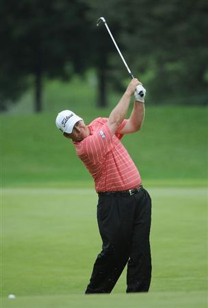 ST. LOUIS - SEPTEMBER 07 :  Dudley Hart hits his approach shot to the 8th hole during the fourth and final round  of the BMW Championship held at Bellerive Country Club on September 7, 2008 in St. Louis, Missouri. (Photo by Marc Feldman/Getty Images)