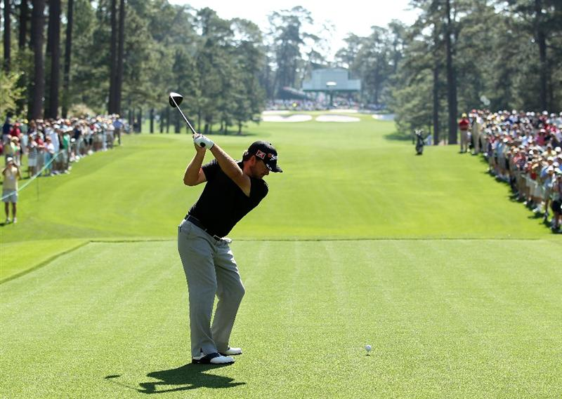 AUGUSTA, GA - APRIL 04:  Graeme McDowell of Northern Ireland hits a shot during a practice round prior to the 2011 Masters Tournament at Augusta National Golf Club on April 4, 2011 in Augusta, Georgia.  (Photo by Andrew Redington/Getty Images)