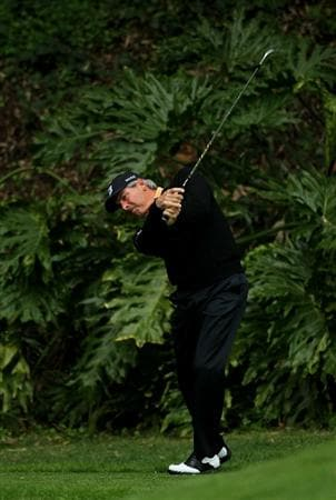 PACIFIC PALISADES, CA - FEBRUARY 18:  Fred Couples hits his tee shot on the sixth hole during round two of the Northern Trust Open at Riviera Country Club on February 18, 2011 in Pacific Palisades, California.  (Photo by Stephen Dunn/Getty Images)