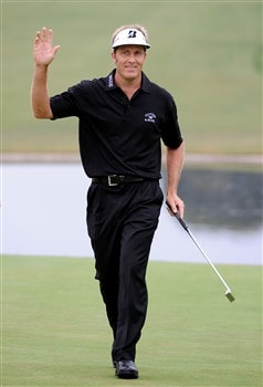 SAN DIEGO - JUNE 13:  Stuart Appleby of Australia waves after a birdie putt on the 18th green during the second round of the 108th U.S. Open at the Torrey Pines Golf Course (South Course) on June 13, 2008 in San Diego, California.  (Photo by Harry How/Getty Images)