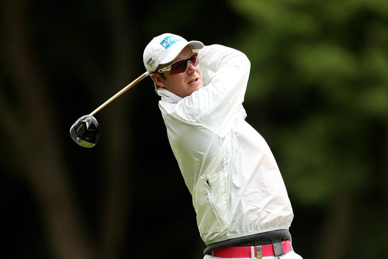 VIRGINIA WATER, ENGLAND - MAY 26:  Mikko Ilonen of Finlamnd tees off during the first round of the BMW PGA Championship at Wentworth Club on May 26, 2011 in Virginia Water, England.  (Photo by Ian Walton/Getty Images)