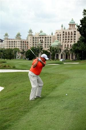 KUALA LUMPUR, MALAYSIA - OCTOBER 31: Carl Pettersson of Sweden hits his 2nd shot on the 12th hole during day four of the CIMB Asia Pacific Classic at The MINES Resort & Golf Club on October 31, 2010 in Kuala Lumpur, Malaysia. (Photo by Stanley Chou/Getty Images)