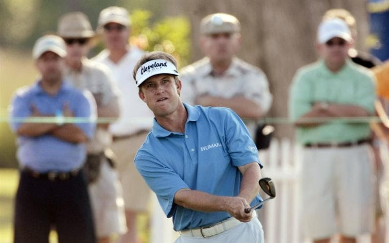 AVONDALE, LA - APRIL 23: David Toms chips to the 17th green during the first round of the Zurich Classic at TPC Louisiana on April 23, 2009  in Avondale, Louisiana. (Photo by Dave Martin/Getty)