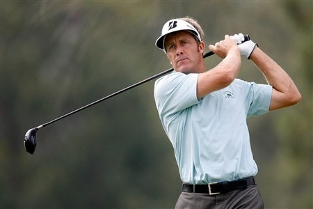SAN DIEGO - JUNE 12:  Stuart Appleby of Australia hits his tee shot on the 15th hole during the first round of the 108th U.S. Open at the Torrey Pines Golf Course (South Course) on June 12, 2008 in San Diego, California.  (Photo by Jeff Gross/Getty Images)