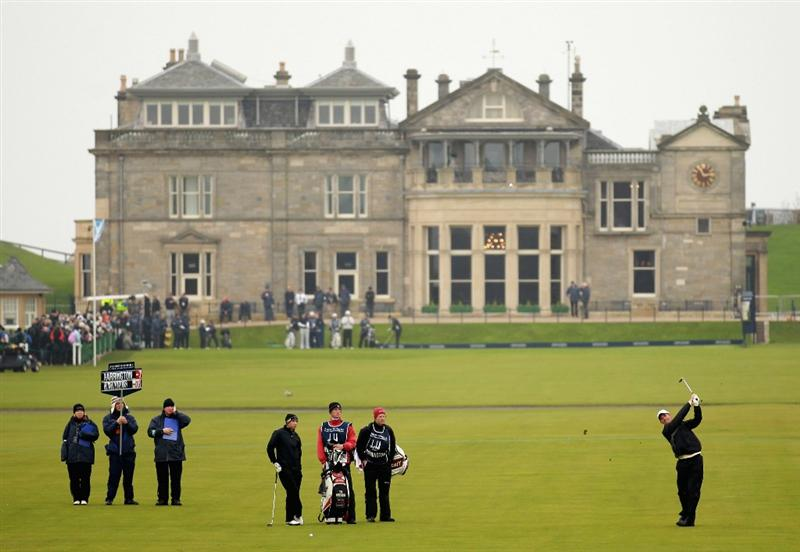 ST ANDREWS, SCOTLAND - OCTOBER 10:  Padraig Harrington of Ireland plays his second shot to the first hole during the final round of The Alfred Dunhill Links Championship at The Old Course on October 10, 2010 in St Andrews, Scotland.  (Photo by Warren Little/Getty Images).