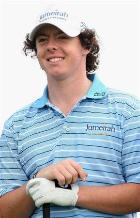 ABU DHABI, UNITED ARAB EMIRATES - JANUARY 14:  Rory McIlroy of Northern Ireland smiles on the 16th hole during the Pro-Am prior to the start of The Abu Dhabi Golf Championship at Abu Dhabi Golf Club on January 14, 2009 in Abu Dhabi, United Arab Emirates.  (Photo by Andrew Redington/Getty Images)