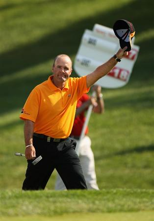 GIRONA, SPAIN - MAY 03:  Thomas Levet of France acknowledges the crowd on the 18th green en-route to winning the Open de Espana on a score of -18 under par at the PGA Golf Catalunya on May 3, 2009 in Girona, Spain.  (Photo by Warren Little/Getty Images)