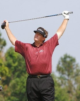 Peter Jacobson stretches on the seventh  tee  during the second round of the 2005 Blue Angels Class  May 14 in Milton, Fl.Photo by Al Messerschmidt/WireImage.com