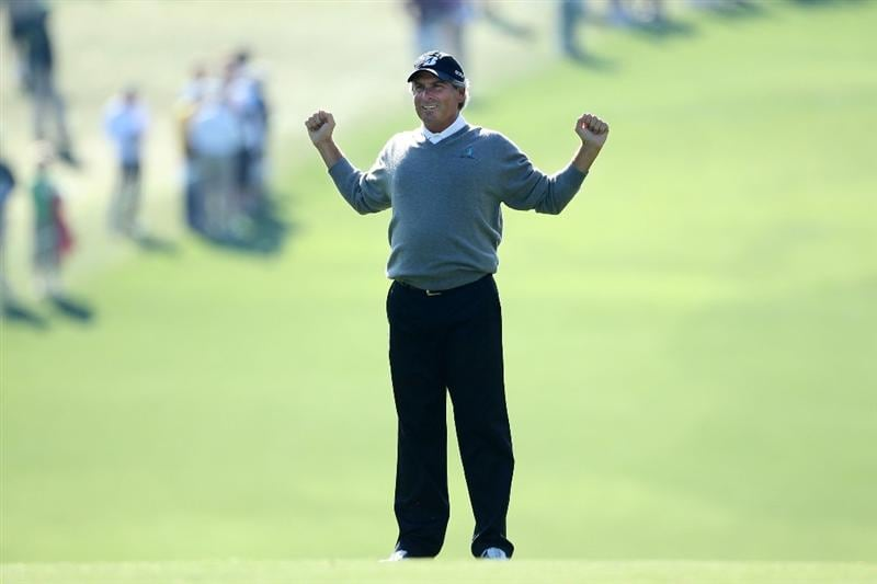 AUGUSTA, GA - APRIL 09:  Fred Couples stretches on the first fairway during the second round of the 2010 Masters Tournament at Augusta National Golf Club on April 9, 2010 in Augusta, Georgia.  (Photo by Andrew Redington/Getty Images)