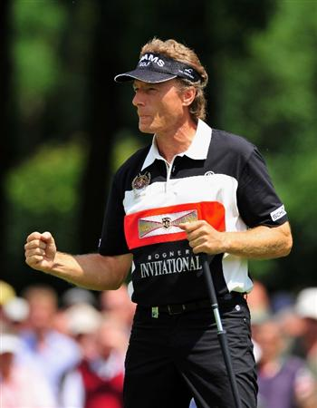 MUNICH, GERMANY - JUNE 26:  Bernhard Langer of Germany celebrates his putt on the nineth hole during the second round of The BMW International Open Golf at The Munich North Eichenried Golf Club on June 26, 2009, in Munich, Germany.  (Photo by Stuart Franklin/Getty Images)