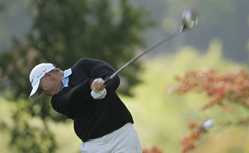TIMONIUM, MD - OCTOBER 01:  Mike Goodes hits a  drive during the first round of the Constellation Energy Senior Players Championship at Baltimore Country Club/Five Farms (East Course) held on October 1, 2009 in Timonium, Maryland. (Photo by Michael Cohen/Getty Images)