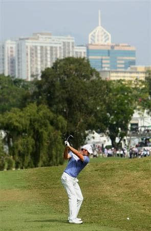 HONG KONG, CHINA - NOVEMBER 22:  Oliver Wilson of England plays his approach shot on the third hole during the third round of the UBS Hong Kong Open at the Hong Kong Golf Club on November 22, 2008 in Fanling, Hong Kong.  (Photo by Stuart Franklin/Getty Images)