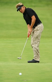 SYDNEY, AUSTRALIA - FEBRUARY 05:  Andrew Tampion of Australia putts on the 18th hole during the British Open qualifying held at the Lakes golf course on February 5, 2008 in Sydney, Australia.  (Photo by Mark Nolan/Getty Images)