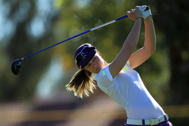 RANCHO MIRAGE, CA - MARCH 31:  Vicky Hurst of the USA plays her tee shot at the par 4, 3rd hole during the first round of the 2011 Kraft Nabisco Championship on the Dinah Shore Championship Course at the Mission Hills Country Club on March 31, 2011 in Rancho Mirage, California.  (Photo by David Cannon/Getty Images)