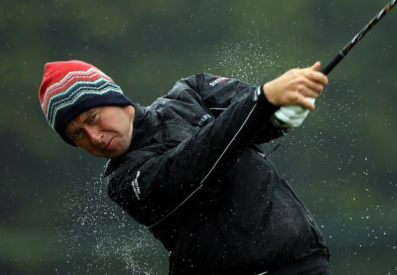 BALTRAY, IRELAND - MAY 14:  Mark Foster of England tees off on the fourth hole during the first round of The 3 Irish Open at County Louth Golf Club on May 14, 2009 in Baltray, Ireland.  (Photo by Andrew Redington/Getty Images)