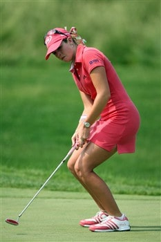 HAVRE DE GRACE, MD - JUNE 08: Paula Creamer of the U.S. just misses a bridie at the 15th hole during the final round of the 2008 McDonald's LPGA Championship held at Bulle Rock Golf Course, on June 8, 2008 in Havre de Grace, Maryland. (Photo by David Cannon/Getty Images)