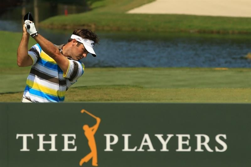 PONTE VEDRA BEACH, FL - MAY 12:  Trevor Immelman of South Africa hits his tee shot on the tenth hole during the first round of THE PLAYERS Championship held at THE PLAYERS Stadium course at TPC Sawgrass on May 12, 2011 in Ponte Vedra Beach, Florida.  (Photo by Streeter Lecka/Getty Images)
