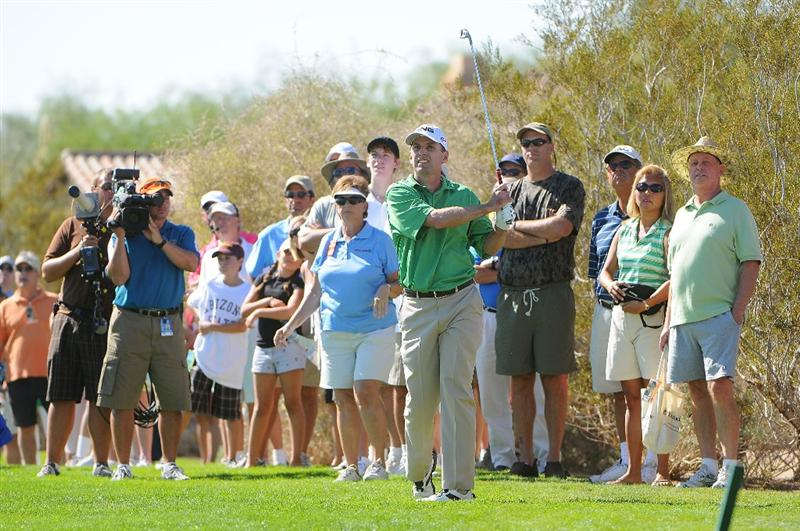 SCOTTSDALE, AZ - OCTOBER 26: Kevin Sutherland hits his approach shot to the 9th hole during the fourth and final round of  the Fry's.Com Open held at Grayhawk Golf Club on October 26, 2008 in Scottsdale, Arizona. (Photo by Marc Feldman/Getty Images)