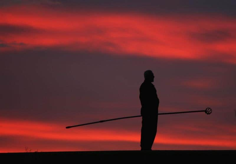 TURNBERRY, SCOTLAND - JULY 16:  A member of the ground staff prepares the course during round one of the 138th Open Championship on the Ailsa Course, Turnberry Golf Club on July 16, 2009 in Turnberry, Scotland.  (Photo by David Cannon/Getty Images)